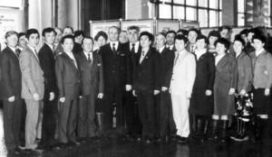 Г. Бубнов (в центре на переднем плане) с активом района