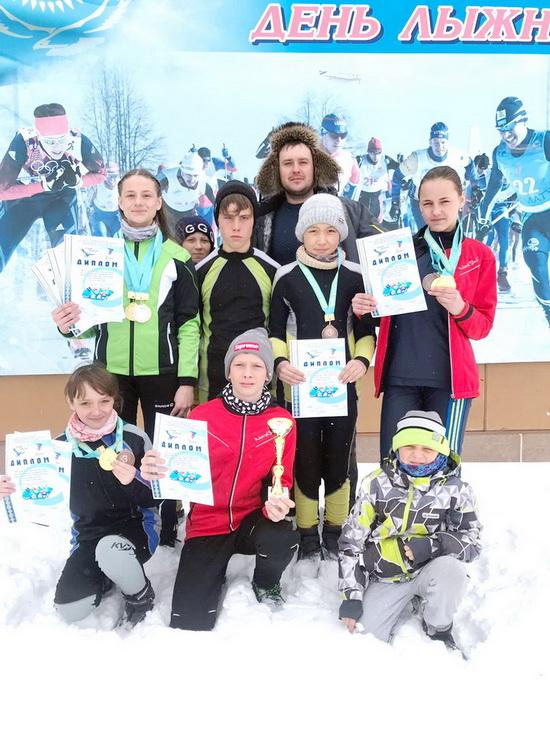 спорт-юный лыжник