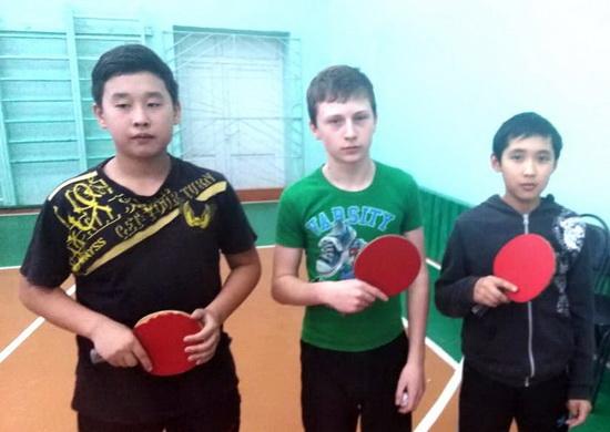 службы-спорт-теннис